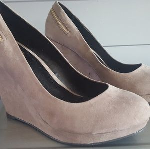 MIX No. 6 Wedge Shoe Size 9